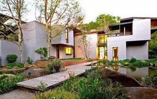 Contemporary craftsmanship home in Escondido